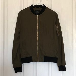 Zara nylon jacket olive green and gold zippers